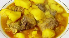 Estofado de patatas con bonito fresco