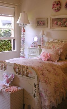 ❤❤❤ the teacup lamp in the background of this shabby chic bedroom!!