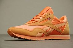 530316 564211860260983 1959899011 n Preview: Reebok Classic Nylon Slim