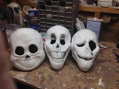 undertale cosplay skeleton heads Sans, Papyrus and Gaster