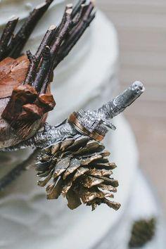 Winter Wedding with DIY Details - MODwedding