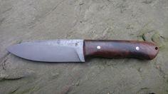 19418, celková délka 240mm, čepel 120/30/3mm. Rukojeť vlašský ořech