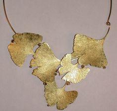 Eve Llyndorah: 'Ginko' 18k yellow gold neck piece with champagne and cognac diamonds