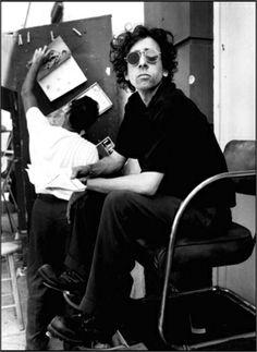 Tim Burton: The Professional Inspiration Art Tim Burton, Film Tim Burton, Burton Burton, Johny Depp, Cinema, Star Wars, Edward Scissorhands, Sweeney Todd, Helena Bonham Carter