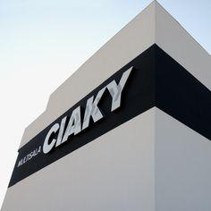 """Dai un'occhiata al mio progetto @Behance: """"Ciaky - multisala   Bari"""" https://www.behance.net/gallery/46364281/Ciaky-multisala-Bari"""
