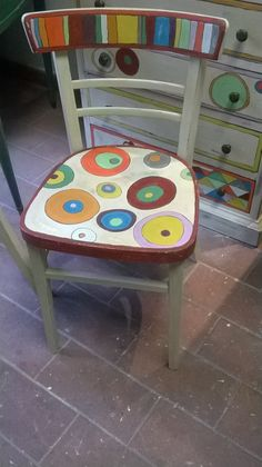 Art Furniture, Mosaic Furniture, Funky Furniture, Recycled Furniture, Furniture Makeover, Whimsical Painted Furniture, Hand Painted Furniture, Old Chairs, Metal Chairs