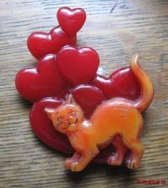 Carved Bakelite Kitty Cat & Hearts Valentines Pin Catalin Brad Elfrink Original