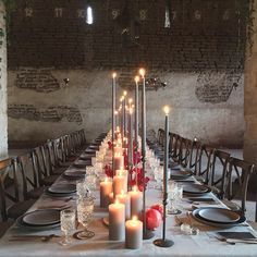 Stunning welcome dinner for the Jose Villa Mexico Workshop! // Glassware and Dinnerware by Casa de Perrin
