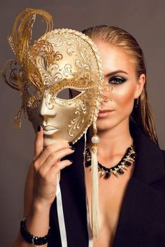 Simply about all Masquerade Ball Party, Masquerade Wedding, Female Mask, Mask Girl, Luxe Life, Beautiful Mask, Masks Art, Halloween Disfraces, Mardi Gras
