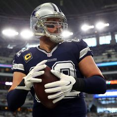 80f17e0cfed Jason Witten Reportedly Plans to Retire, Join ESPN's Monday Night Football  Crew