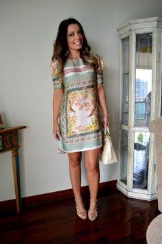 vestido soltinho curto de seda