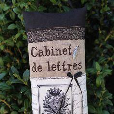 Grand sac de lavande brodé main cabinet de lettres dentelle ancienne