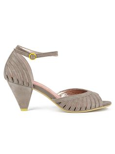 Seychelles Footwear- classy low heel, clay or rose gold color