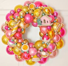 Retro Christmas wreath - love it!