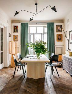 Descubre la elegancia y el encanto irresistible de este apartamento de estilo francés en Polonia. Una casa maravillosa que te cautivará.