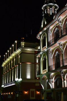 Romania, Mansions, Night, House Styles, City, Manor Houses, Villas, Mansion, Cities