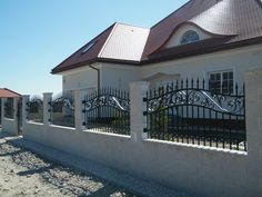 01_PRZESLO_A Steel Gate Design, Fence Design, Mansions, House Styles, Outdoor Decor, Home Decor, Houses, Mansion Houses, Homemade Home Decor