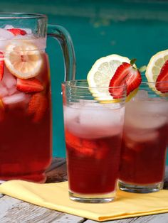Want the recipe for this strawberry mojito punch? Just combine ingredients in a punch bowl or pitcher and stir gently.
