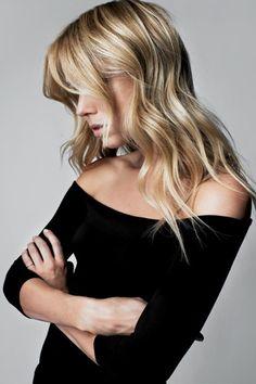 ZsaZsa Bellagio: I  Love style of sweater, so flattering.  Sin dudas, un sweater para toda ocasión, lo usás hasta que queda sin color!!
