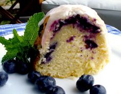 Mimi's Kitchen: Lemon Blueberry Pound Cake