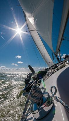 love this photo, this angle though! pretty much a perfect day - sunshine and the sound of water rushing by the hull