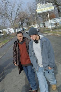 Still of Eminem and Eugene Byrd in 8 Mile (2002)