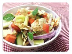 Garfo Publicitário | Blog de Gastronomia e Culinária: Salada de Pão Árabe (Pão Pita)