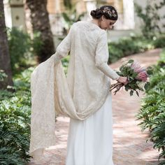 Nontraditional Wedding, Elegant Wedding, Bridal Dresses, Wedding Gowns, Bridal Cape, Civil Wedding, Autumn Wedding, Bridal Style, Hair