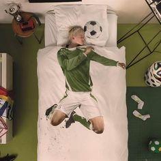Met dit stoere en gave dessin van SNURK ben jij er als voetballer helemaal klaar…