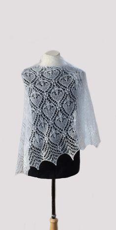 "Items similar to Hand knitted kidsilk lace shawl ""White Princess"" on Etsy - Harika El işleri-Hobiler Knitted Shawls, Crochet Shawl, Knit Crochet, Lace Shawls, Lace Patterns, Knitting Patterns, Rubber Band Box Braids, Box Braids Men, Box Braids Tutorial"