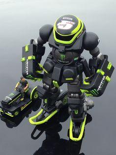 "katoya on Twitter: ""#形部メカを崇めろ かなり久しぶりに発売が待ち遠しかったガンプラでした。僕にしては珍しく、ほぼほぼそのまま作りました♪… "" Futuristic Robot, Graffiti Pictures, Frame Arms, Robot Concept Art, Gundam Art, Custom Gundam, Robot Design, Mechanical Design, Conceptual Design"