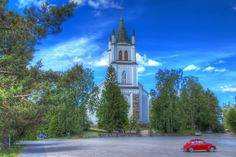 "Ylistaro, which is nowadays part of Seinäjoki, has this ""Komia Kirkko"".  The dialectual nickname translates into Magnificent Church. It was built in 1847-1850 and designed by E.B. Lohrmann. As the church is very big for a parish size of Ylistaro, it has been playfully told that the was a mixup in the drawings and some smaller church should have been built there. I quess that is not true and it stands right where it should. www.customizedviews.com"