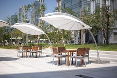 Outdoor Shade, Patio Shade, Tenda Camping, Membrane Structure, Tensile Structures, Solar Shades, Roof Architecture, Canopy Design, Outdoor Furniture
