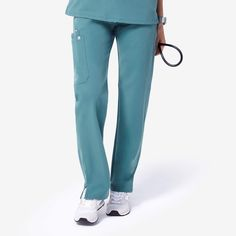 Inspired by yoga apparel, these women's Kade cargo scrub pants are stylish, flexible, and comfy. Part of FIGS' Technical collection of tailored-fit scrubs. Lab Coats, Medical Uniforms, Womens Scrubs, Yoga Session, Scrub Pants, Scrub Tops, Height And Weight, Anti Wrinkle, Pant Jumpsuit