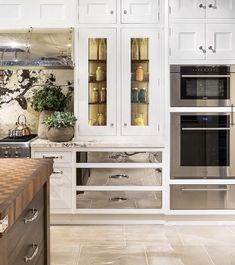 Switching up the drawer and door monotony with Christopher Peacock . Not all drawers and doors need to be the same. We love the high polished metal drawers in this all-white #kitchen. . . . . #kitchen #kitchendesign #kitchencabinetry #whitekitchen #kitchensofinstagram #kitchenappliances #kitchenenvy #luxurykitchen #luxurydesign #luxurykitchendesign #njmom #kitchenrenovation #kitcheninspo #kitchengoals #luxuryhomes #mytradehome #designtoinspire #interiordesign #interiors #christopherpeacock Cabinet Door Styles, Cabinet Doors, Christopher Peacock, White Kitchen Inspiration, English Kitchens, Interiors Magazine, Traditional Interior, Traditional Kitchens, Traditional Design