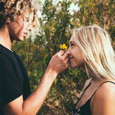 4. Acredite no amor à primeira vista.