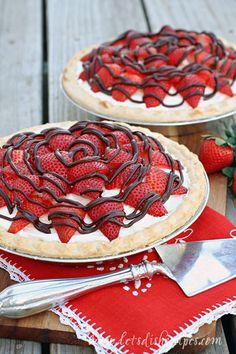 Strawberry Cream Pie on MyRecipeMagic.com