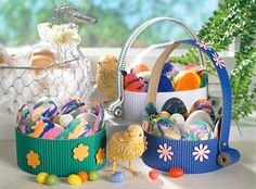 Decoration for Easter Home Grown Vegetables, Growing Vegetables, Blinds For Windows, Linen Bedding, Projects To Try, Basket, Design, Decor, Colored Paper