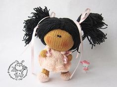 Pebble doll Rouse  knitting pattern knitted round. by simplytoys13