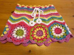 Fabulous Crochet a Little Black Crochet Dress Ideas. Georgeous Crochet a Little Black Crochet Dress Ideas. Black Crochet Dress, Crochet Skirts, Love Crochet, Crochet For Kids, Beautiful Crochet, Knit Crochet, Crochet Granny, Crochet Woman, Vintage Crochet