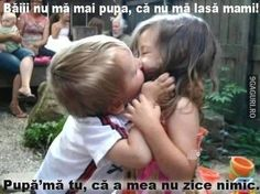 Nu mă mai pupa că nu mă lasă mami Funny Kid Fails, Funny Boy, Funny Kids, Funny Babies, Boys Kissing Girls, Funny Images, Funny Pictures, Kissing Pranks, Kids Kiss