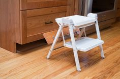 Sunnyvale, CA: Pull out stepladder. Valley Home Builders.