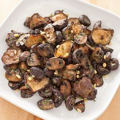 Roasted Mushrooms With Parmesan & Pine Nuts - Could a single addition produce both deep roasted flavor and even seasoning? Mushroom Recipes, Vegetable Recipes, Vegetarian Recipes, Healthy Recipes, Healthy Eats, Roasted Mushrooms, Stuffed Mushrooms, Roasted Garlic, Kitchen Recipes