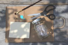 Easy DIY Ideas – 2 Ingredient Baking Soda Air Freshener | Free People Blog