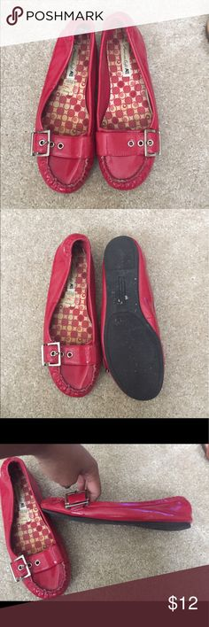 Cute red patent leather flats!! These cute flats are very comfortable. They are in great used condition!! These red patent leather flats are classy and bey fashionable. Shoes Flats & Loafers