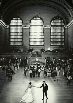Beautiful wedding photo shot at Grand Central Station in New York