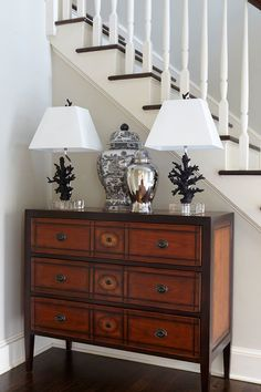 Chest of Drawers Charm unglaublich Ethan Allen Furniture. Chest of Drawers Charm. Living Room Decor Modern, Decor, Furniture Design, Modern Living Room, Luxury Furniture Design, Furniture, Ethan Allen Furniture, Small Space Interior Design, Room Decor