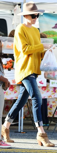 Who made Charlize Theron's brown ankle boots, blue jeans, and tan hat? Hat, jeans, and shoes – Rag & Bone Charlize Theron Style, Tan Hat, Fashion Dictionary, Brown Ankle Boots, Cute Shorts, Rag And Bone, Best Actress, Cheap Fashion, American Actress