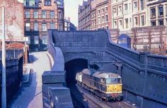 Thurland Street Tunnel exit at Weekday Cross Nottingham Station, Nottingham City, Nottingham Lace, Train Pictures, Old Pictures, London Underground Train, Model Railway Track Plans, Old Train Station, British Rail