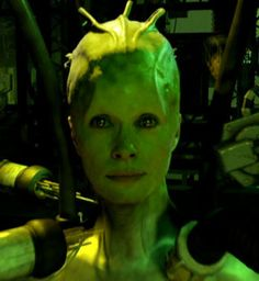The Borg Queen - Susanna Thompson - strictly speaking a cyborg and not a robot, but the borg appear to aspire to being robots. I prefer Thompsons queen to Alice Krieger's original Star Trek Borg, Star Trek Cast, Star Wars, Star Trek Voyager, Female Villains, Female Characters, Aliens, Susanna Thompson, Star Trek Convention